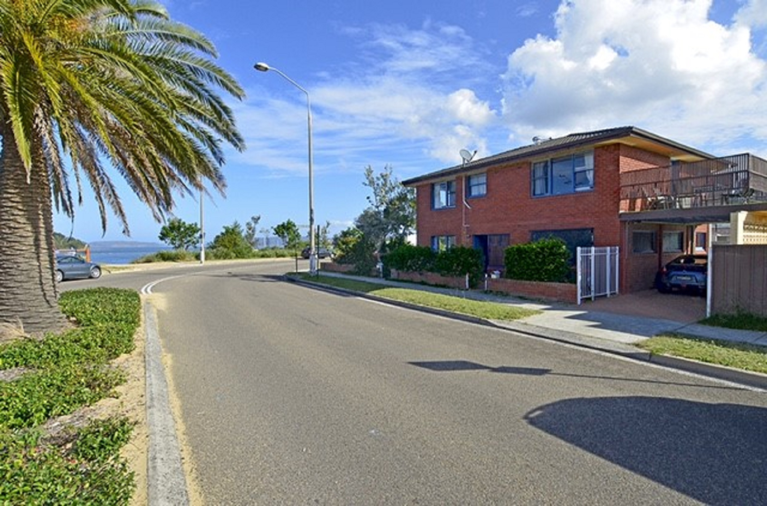 Central coast holiday accommodation for Waterfront retreat