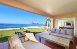 Pearl Beach Hacienda – Absolute Beachfront
